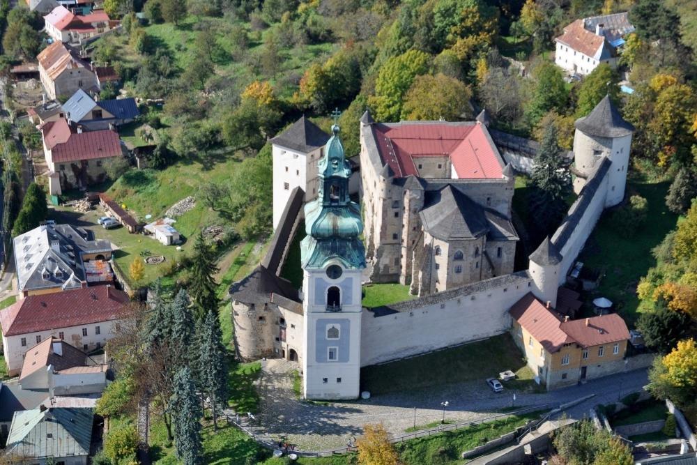 https://www.banskastiavnica.travel/wp-content/uploads/2014/05/DOLIS-foto-vyber-BLUR095a-SZ-10.10.10-Foto%C2%A9Lu%C5%BEina-RSZ.jpg