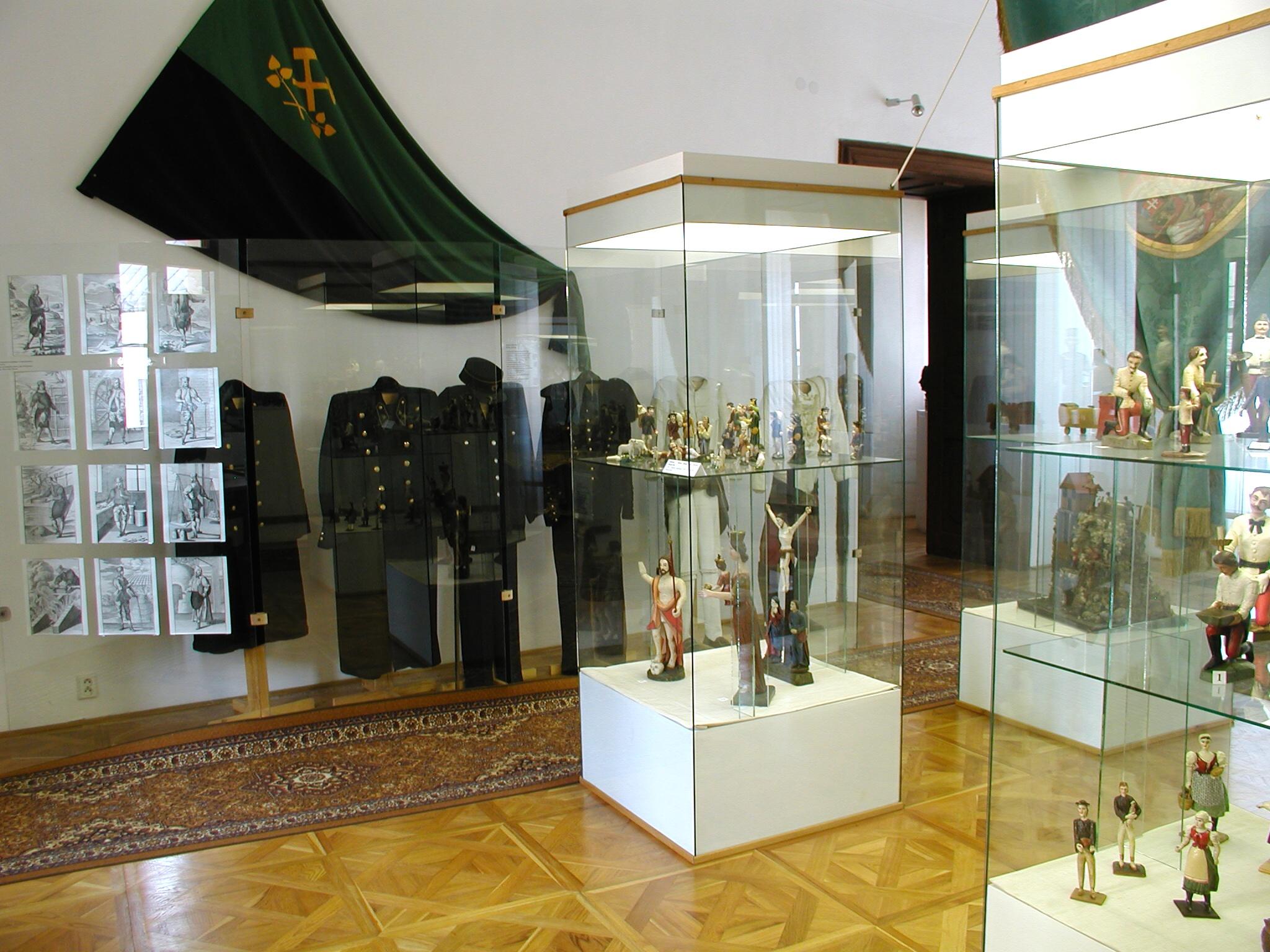https://www.banskastiavnica.travel/wp-content/uploads/2014/05/KMHF-Foto%C2%A9Lu%C5%BEina-4.jpg
