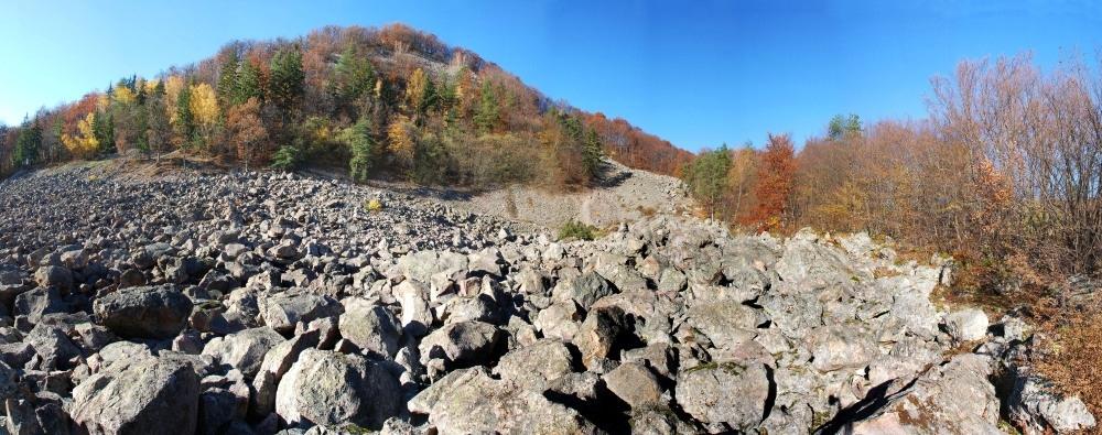 Výsledok vyhľadávania obrázkov pre dopyt kamenné more vyhne panorama