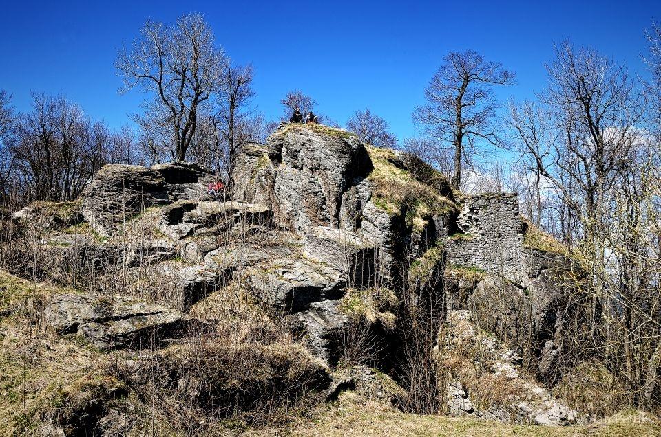 Pozostatky stredovekého hradu na Sitne © Ján Petrík